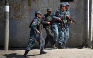 afghan-police-kabu_2193963b