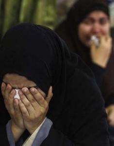 muslimah-mesir-menangis