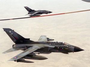 1280px-RAF_Tornados_over_Kuwait_1998