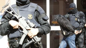 spanish-police-ARRESTS-IS-FIGHTERS