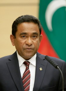 Maldives President Abdulla Yameen Abdul Gayoom speaks during a joint press conference with Japanese Prime Minister Shinzo Abe at the latter's official residence in Tokyo on April 15, 2014. The president arrived in Japan 14 April for a four-day visit. AFP PHOTO / POOL / KIMIMASA MAYAMA