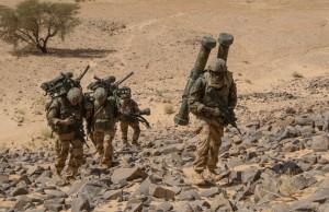 Le 28 octobre 2014, le convoi  de la force Barkhane composé des éléments du Groupement Tactique Désert As de trèfle et du Bataillon Logistique Alsace Lorraine s'est rendu à l'entrée de l'Adrar Taghlit pour interdire l'extraction des Groupes Terroriste Armés par cette porte. La mission a durée 48 heures.                                        Le 28 octobre 2014, dans l'Adrar Taghlit. Appuyé par les groupes de la section de Vert 30 qui se sont emparé du Pitaf, le groupe MILAN gravit ce dernier pour interdire l'axe de la vallée.