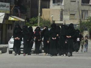 ISIS-female-brigade-al-Khansaa-reuters-640x480