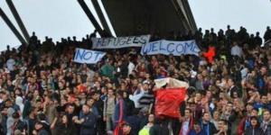 Ligue-1-la-banderole-hostile-au-refugies-des-supporters-lyonnais