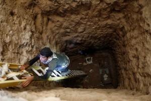 161028-iraq-bartella-mosul-tunnel-907a_01ee26b09f3cd476ee9333746e6b3b7c.nbcnews-ux-2880-1000